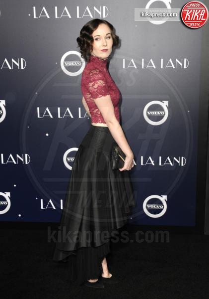 Anna Chezelle - Hollywood - 06-12-2016 - Emma Stone, un angelo azzurro alla première di La La Land