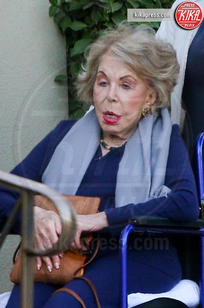 Anne Buydens - Los Angeles - 05-12-2016 - Anne Buydens, la signora Douglas non rinuncia al make-up