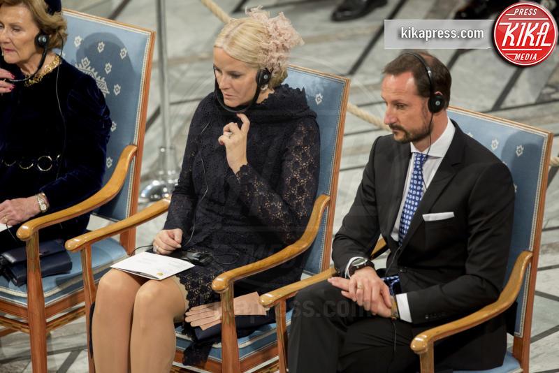 Principe Haakon Magnus di Norvegia, Mette-Marit di Norvegia - Oslo - 10-12-2016 - Nobel, a Stoccolma Patti Smith in rappresentanza di Bob Dylan