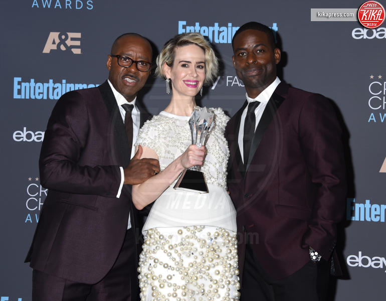 Sterling K. Brown, Courtney B. Vance, Sarah Paulson - Santa Monica - 11-12-2016 - Critics' Choice Awards 2016: è La la la Land dominio