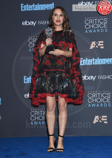 Natalie Portman - Santa Monica - 11-12-2016 - Critics' Choice Awards 2016: è La la la Land dominio