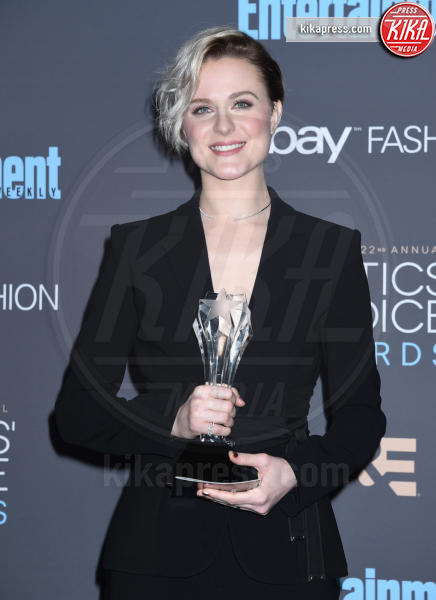 Evan Rachel Wood - Santa Monica - 11-12-2016 - Critics' Choice Awards 2016: è La la la Land dominio