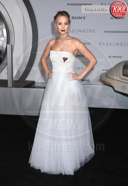 Jennifer Lawrence - Westwood - 14-12-2016 - Il look di San Valentino? Pieno di baci... e di cuori!