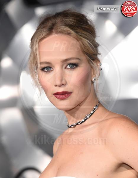 Jennifer Lawrence - Westwood - 14-12-2016 - Le celebrity che pensavi fossero sui social network