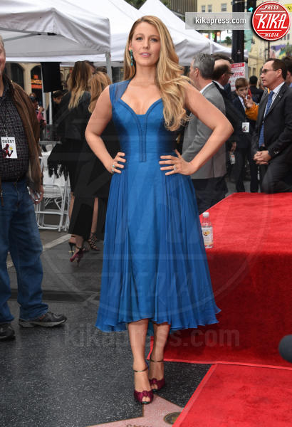Blake Lively - Hollywood - 16-12-2016 - Reynolds-Lively: le prime foto con le figlie sulla Walk of Fame