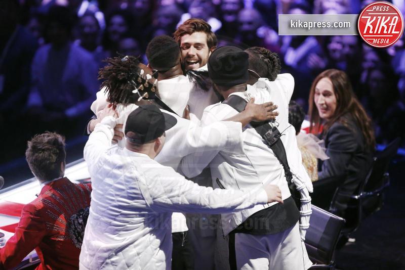 Soul System, Alvaro Soler - Milano - 16-12-2016 - X Factor 10: lo show finale al Mediolanum