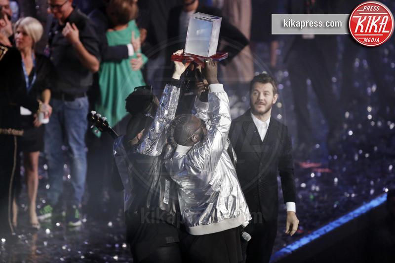 Soul System, Alessandro Cattelan - Milano - 16-12-2016 - X Factor 10: lo show finale al Mediolanum