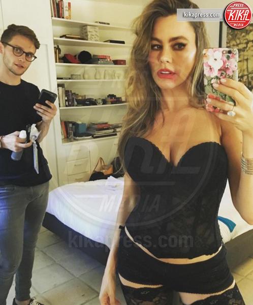 Sofia Vergara - Hollywood - 19-12-2016 - I post piu' sexy del 2016: da Emily Ratajkowski a Diletta Leotta
