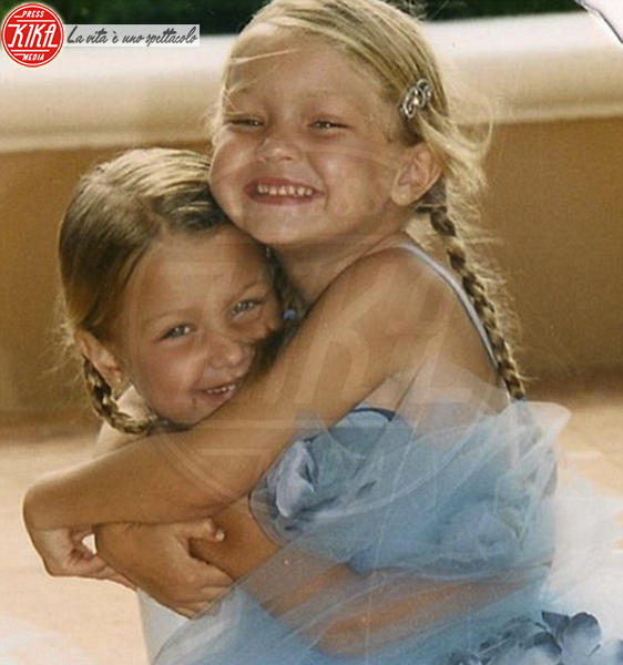 Bella Hadid, Gigi Hadid - Hollywood - 21-12-2016 - Erano batuffoli, oggi sono le modelle più hot del Pianeta