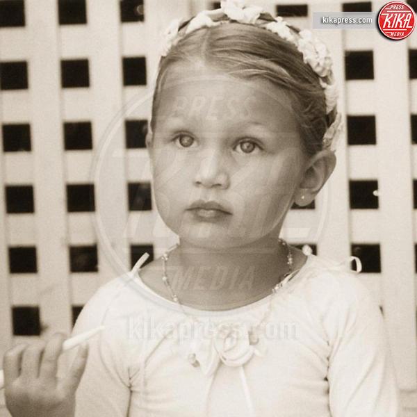 Bella Hadid - Hollywood - 21-12-2016 - Erano batuffoli, oggi sono le modelle più hot del Pianeta