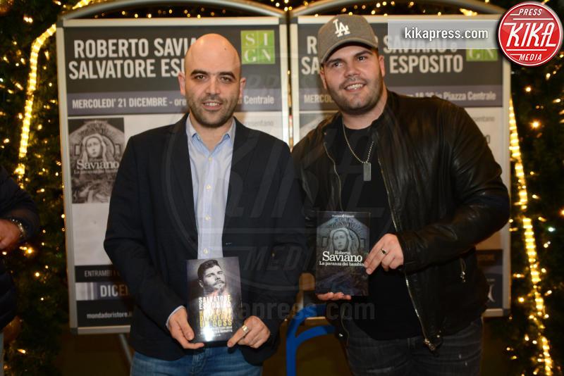 Salvatore Esposito, Roberto Saviano - Caserta - 21-12-2016 - Gomorra 4, ciak si gira! Ma Ciro l'Immortale è morto davvero?
