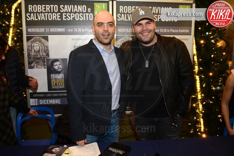 Salvatore Esposito, Roberto Saviano - Caserta - 21-12-2016 - Saviano-Esposito: