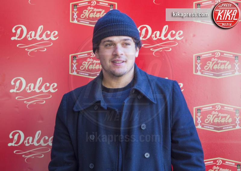 Brando Pacitto - Roma - 23-12-2016 - Alessandro Borghi, il Dolce cameriere per i bambini di Roma