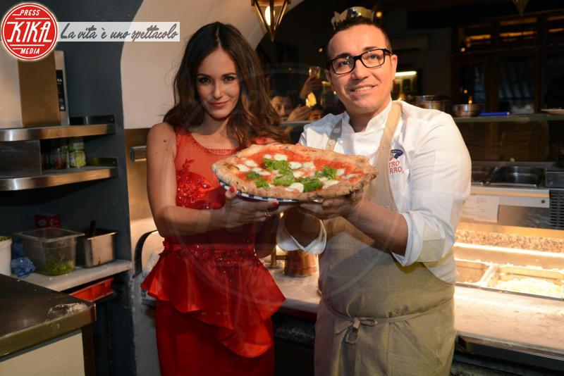 Gracia De Torres, Gino Sorbillo - Napoli - 28-12-2016 - La pizza patrimonio dell'Unesco: ma le star lo sapevano già!