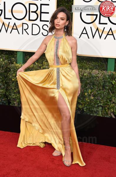 Emily Ratajkowski - Beverly Hills - 08-01-2017 - Emily Ratajkowski: