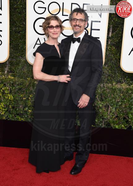 John Turturro - Beverly Hills - 08-01-2017 - Golden Globe 2017: va in scena il gioco delle coppie