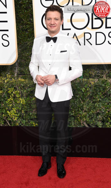 Jeremy Renner - Beverly Hills - 08-01-2017 - Golden Globe 2017: gli arrivi sul red carpet