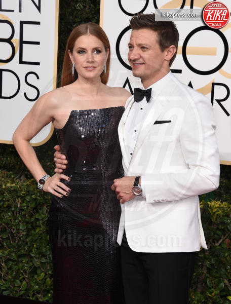 Jeremy Renner, Amy Adams - Beverly Hills - 08-01-2017 - Golden Globe 2017: gli arrivi sul red carpet