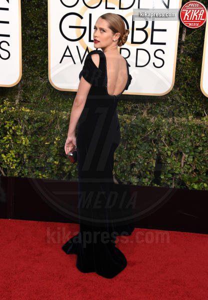 Teresa Palmer - Beverly Hills - 08-01-2017 - Golden Globe 2017: gli arrivi sul red carpet