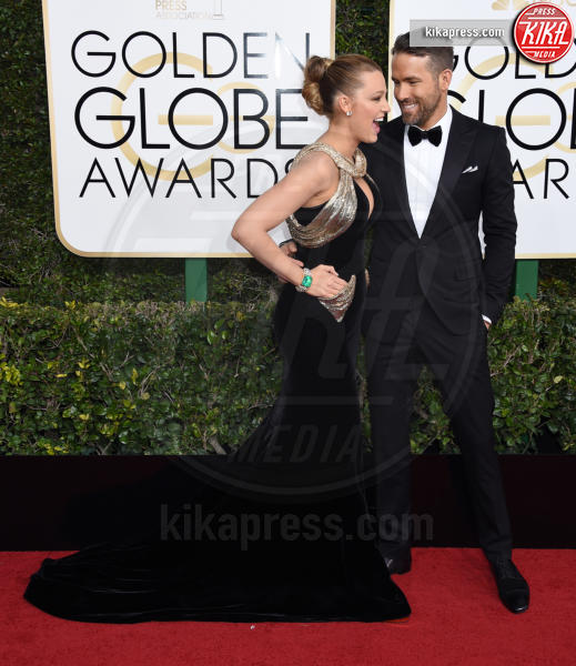 Blake Lively, Ryan Reynolds - Beverly Hills - 08-01-2017 - Golden Globe 2017: gli arrivi sul red carpet