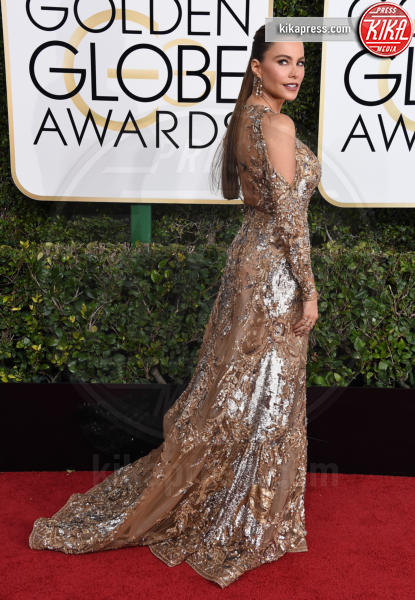 Chrissy Teigen - Beverly Hills - 08-01-2017 - Golden Globe 2017: gli arrivi sul red carpet