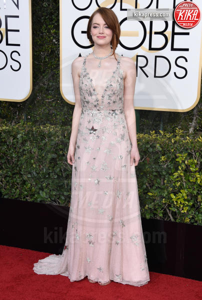 Emma Stone - Beverly Hills - 08-01-2017 - Golden Globe 2017: il red carpet va preso di petto