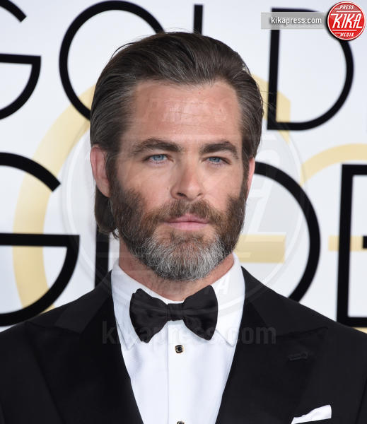 Chris Pine - Beverly Hills - 08-01-2017 - Golden Globe 2017: gli arrivi sul red carpet