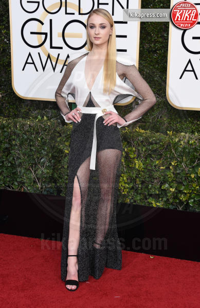 Sophie Turner - Beverly Hills - 08-01-2017 - Golden Globe 2017: il red carpet va preso di petto