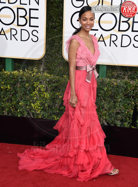 Zoe Saldana - Beverly Hills - 08-01-2017 - Golden Globe 2017: gli arrivi sul red carpet