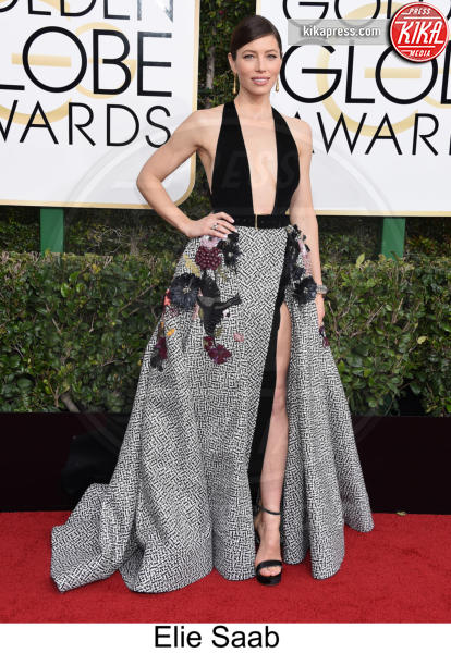 Jessica Biel - Beverly Hills - 08-01-2017 - Golden Globe 2017: tripudio di colori sul red carpet!