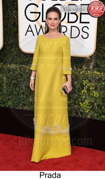 Natalie Portman - Beverly Hills - 08-01-2017 - Golden Globe 2017: tripudio di colori sul red carpet!
