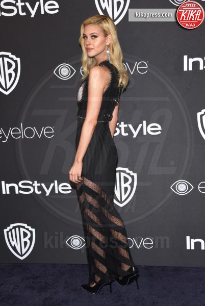 Nicola Peltz - Beverly Hills - 08-01-2017 - Golden Globe 2017: lo spacco dispettoso di Emily Ratajkowsky
