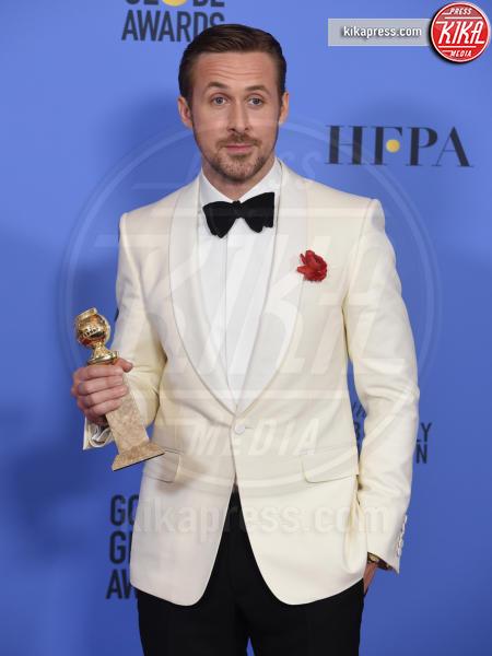 Ryan Gosling - Beverly Hills - 08-01-2017 - Star da piccole: oggi sono famosissime, le riconosci?