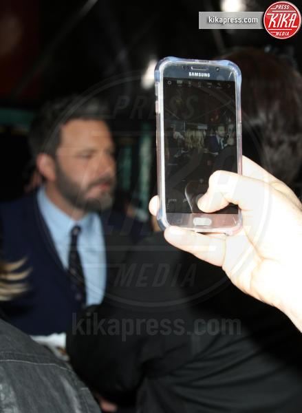 Ben Affleck - Los Angeles - 10-01-2017 - Sienna Miller-Elle Fanning-Zoe Saldana: che trio per Ben Affleck
