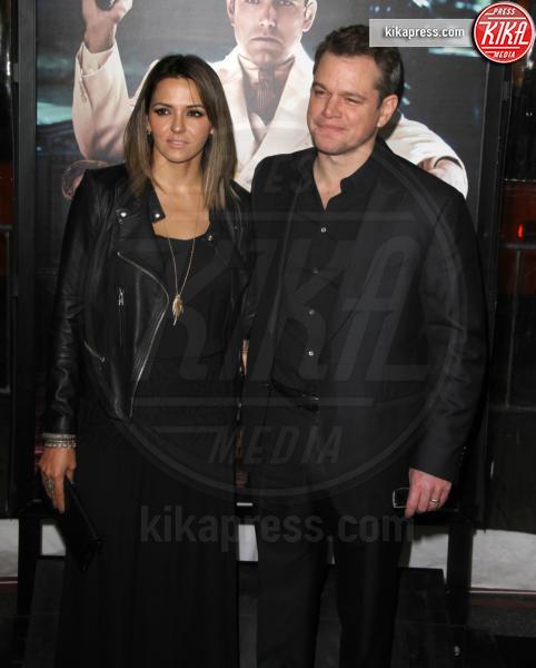 Luciana Barroso, Matt Damon - Los Angeles - 09-01-2017 - Sienna Miller-Elle Fanning-Zoe Saldana: che trio per Ben Affleck