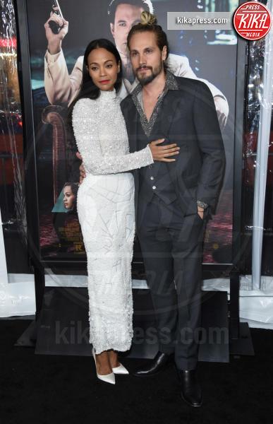 Marco Perego, Zoe Saldana - Hollywood - 09-01-2017 - Sienna Miller-Elle Fanning-Zoe Saldana: che trio per Ben Affleck