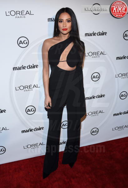 Shay Mitchell - West Hollywood - 10-01-2017 - Kylie Jenner: impossibile guardarla negli occhi sul red carpet!