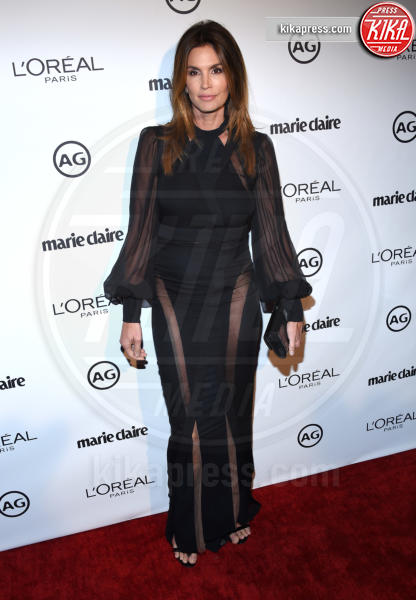 Cindy Crawford - West Hollywood - 10-01-2017 - Le star che sanno osare: sensualità over 50 sul red carpet