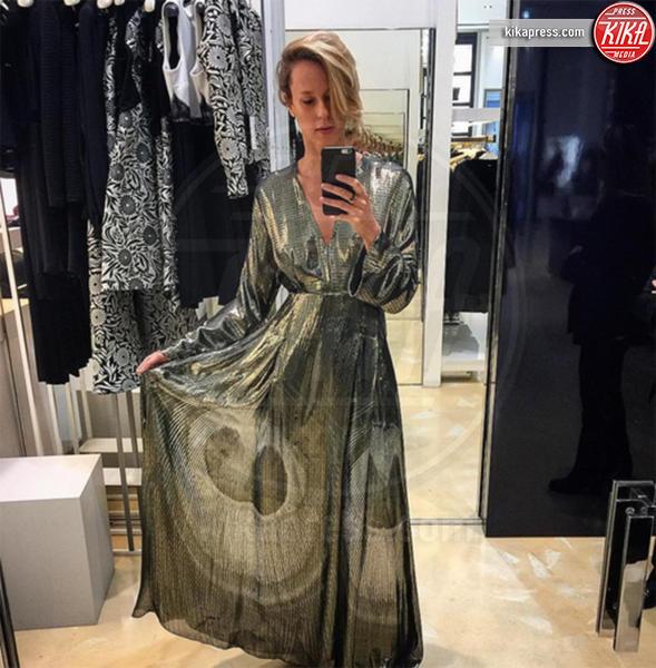 Federica Pellegrini - Roma - 11-01-2017 - Federica Pellegrini modella sexy davanti allo specchio