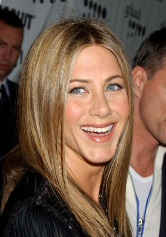 Jennifer Aniston - Hollywood - 14-04-2007 - Jennifer Aniston ha deciso per la fecondazione in vitro