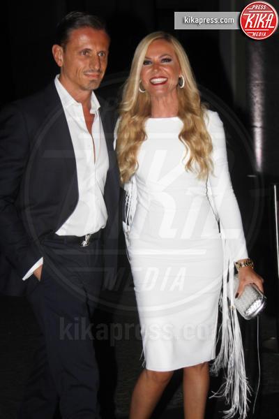 Marco Bacini, Federica Panicucci - Milano - 16-01-2017 - Emily Ratajkowski celebra la Juve in Black and white and more