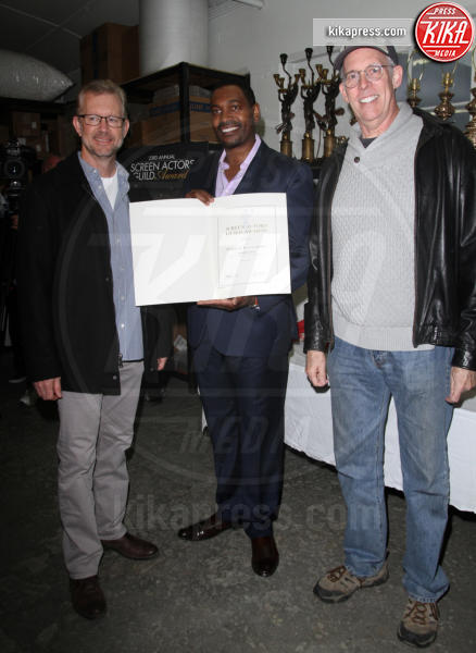 SAG Awards Committee Vice Chair Daryl Anderson, (L-R) President of the American Fine Arts Foundry Brett Barney Woody Schultz, The Actor SAG Awards, Mykelti Williamson - Los Angeles - 17-01-2017 - The Actor: ecco come nasce la statuetta dei SAG Awards