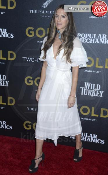 Minnie Mortimer - New York - 17-01-2017 - Matthew McConaughey e Camila, coppia d'oro alla première di Gold