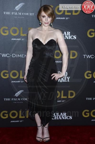 Bryce Dallas Howard - New York - 17-01-2017 - Matthew McConaughey e Camila, coppia d'oro alla première di Gold