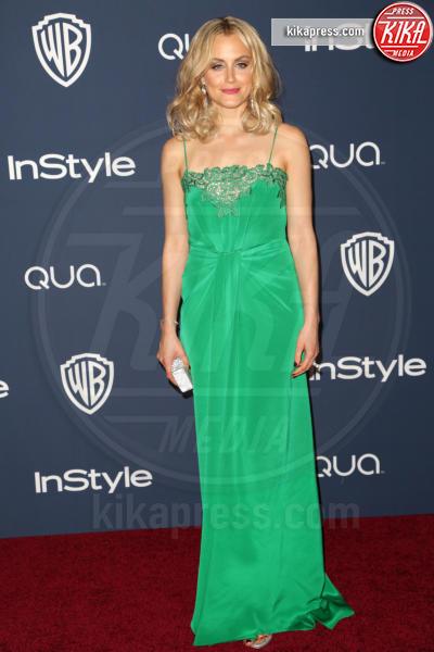 Taylor Schilling - Los Angeles - 12-01-2014 - Volete essere trendy? Allora dovete essere Verde Greenery!