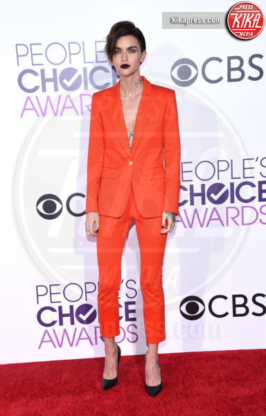 Ruby Rose - Los Angeles - 18-01-2017 - People's Choice: notte dorata per Sarah Jessica Parker
