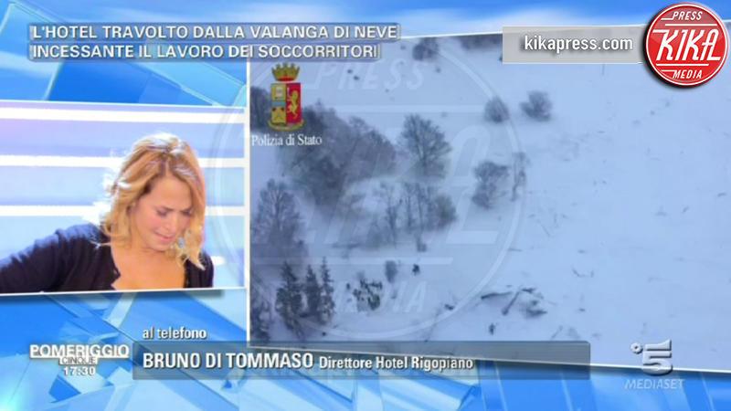 Barbara D'Urso - Roma - 19-01-2017 - Barbara D'Urso piange in diretta a causa del terremoto