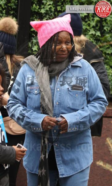 Whoopi Goldberg - New York - 21-01-2017 - Women's March: la folla sfila per Manhattan