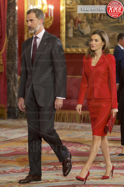 Re Filippo VI di Spagna, Letizia Ortiz - Madrid - 30-01-2017 - Letizia di Spagna, regina di stile con genio e... regolatezza!
