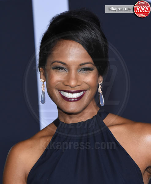 Robinne Lee - Los Angeles - 02-02-2017 - 50 sfumature di nero: perse nella scollatura di Dakota Johnson